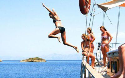 Veleros Singles Navegación y Cetáceos