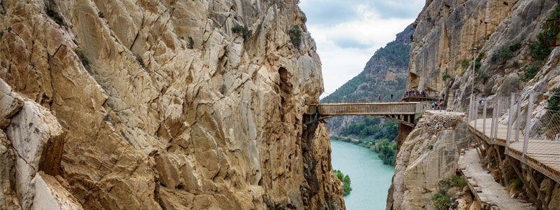Puente del Pilar Singles en la Costa del Sol